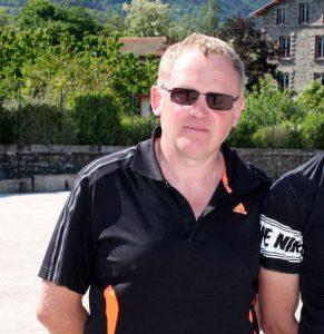 Didier Plan des Boulistes Albenassiens (secteur d'Aubenas) a réussi un très beau parcours qui s'est arrêté en demi-finale où il a été battu 6 à 13 par Cédric Gazorla (Pyrénées Orientales) qui allait devenir champion de France. Dans sa poule, il a battu 13 à 5 Abilio Correira (Dordogne) puis Robuchon (Drôme) 13 à 12. En huitièmes de finale il est venu à bout d'Hubert Chanel (Rhône) 10 à 9. En quarts de finale, il a battu Sébastien Vizcaino (Rhône) 11 à 9.