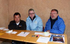 La table de marque avec le président Hervé Crozier, l'arbitre Claudine Peyrouse et un coprésident du secteur, Alain Chanéac