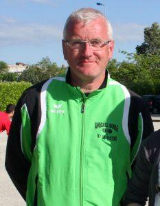 Laurent Sapet est l'entraîneur des féminines