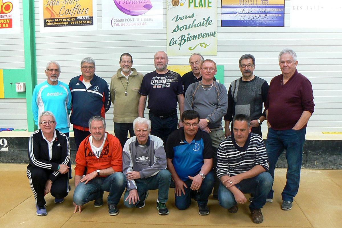 Formation d'arbitres  locaux à Plats