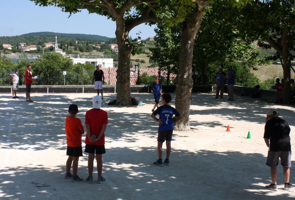 Trophée Ardèche pour les jeunes boulistes