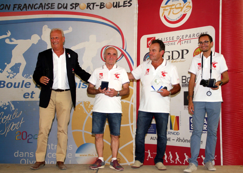 Trois médaillés pour l'AEB Vals les Bains
