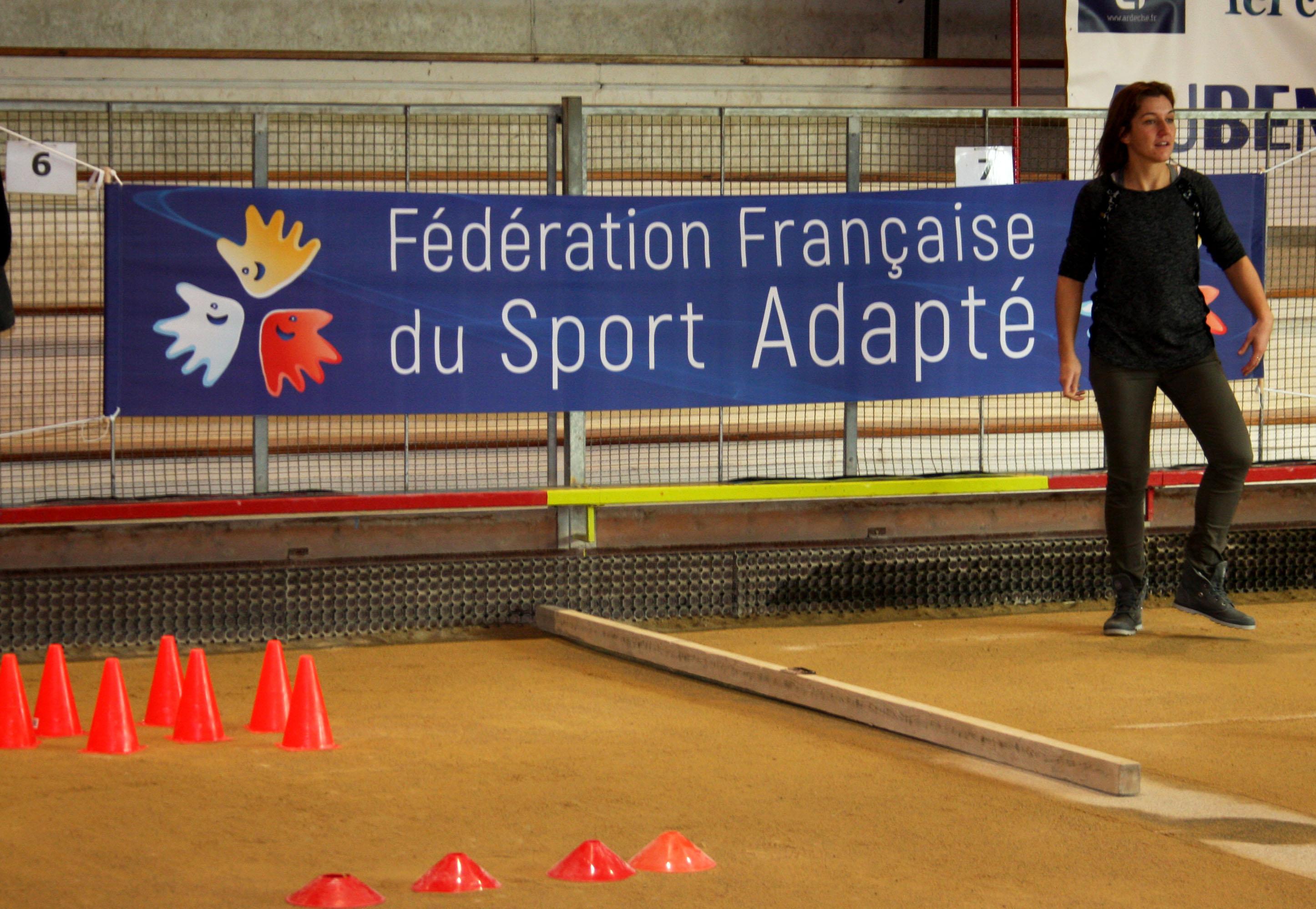 Belle journée de Sport adapté au boulodrome Jean Aubert