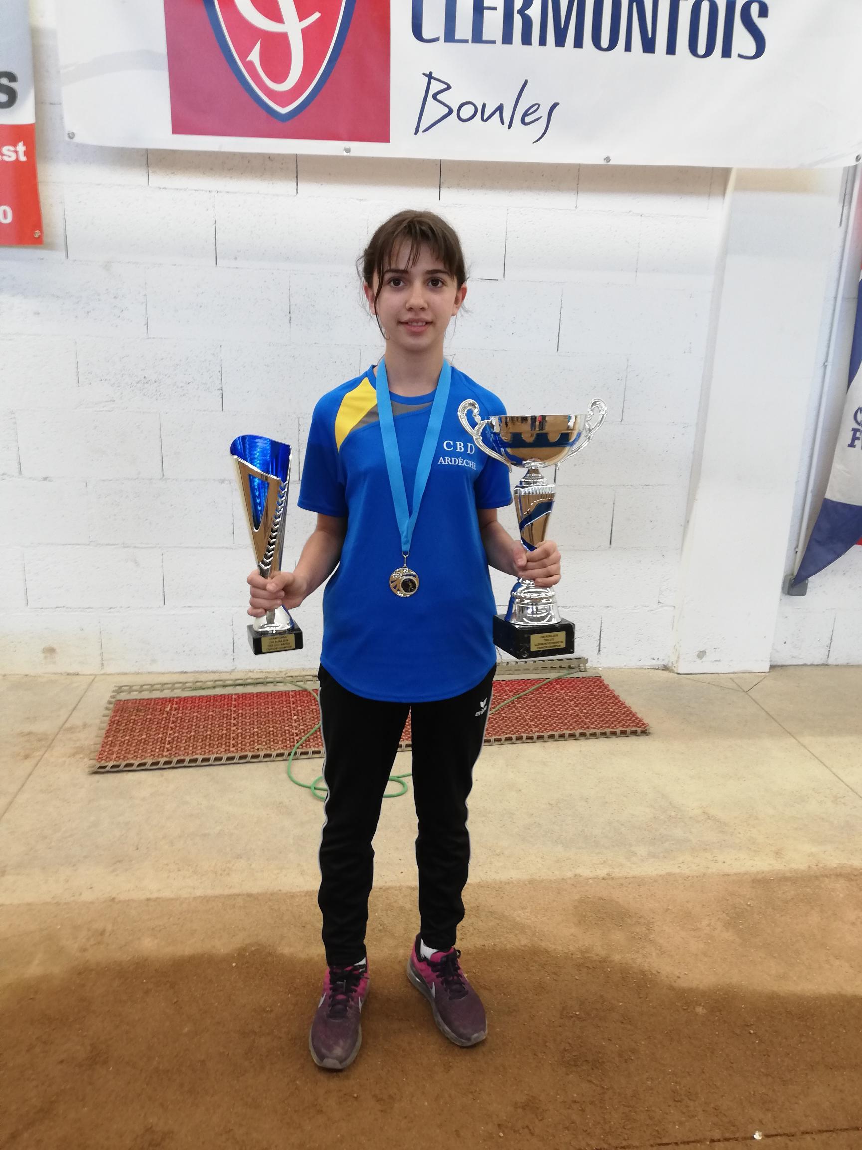 Stecy Leyral, Championne de tir AURA en U13 avec l'Ardèche