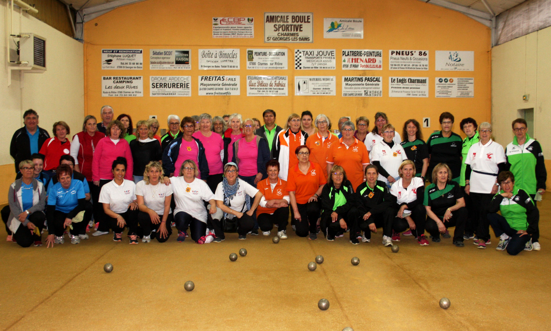 Treize équipes aux 12 heures féminines de Charmes sur Rhône